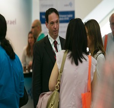 Adv. Shay Ben-Natan spoke to employers at the annual human resources conference